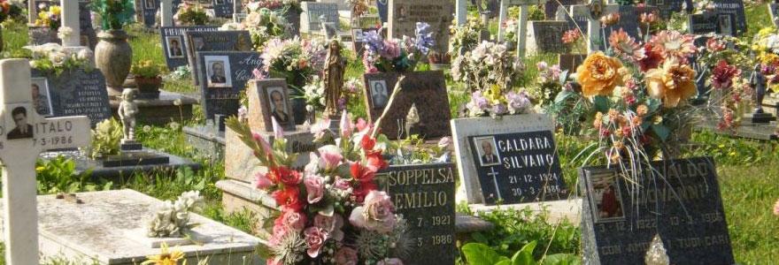 Trouver une plaque funéraire moderne